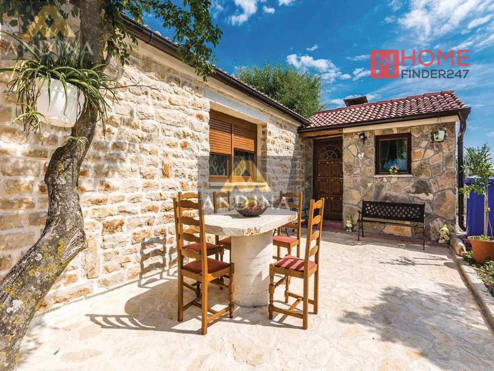 Croatia Property, Real Estate Villen Split Kroatien